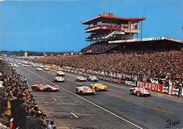 72-LE MANS- CIRCUIT DES 24 HEURES DU MANS , LE DEMARRAGE DES VOITURES - Le Mans