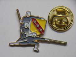 Pin's - Sports - ESCRIME - LORRAINE - Fencing