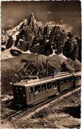 CHAMONIX ... LE CHEMIN DE FER ELECTRIQUE DU MONTENVERS ET L'AIGUILLE DU DRU .. 1956 - Chamonix-Mont-Blanc