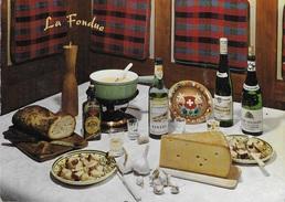 LA FONDUE - LA RICETTA DELLA FONDUTA SVIZZERA DI GRUYERE - VIAGGIATA 1971 FRANCOBOLLO ASPORTATO - Ricette Di Cucina