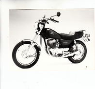 PHOTO MOTO HONDA CM 250 T - Motor Bikes
