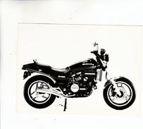 PHOTO MOTO HONDA V F 750 S - Moto