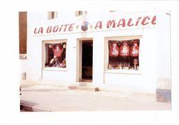 Photographie - 21 - DIJON - Côte D'Or Commerce Magasin LA BOITE A MALICE Tablier Humour - Métiers