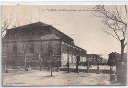 CASTRES - La Halle Aux Grains Et La Rue De Strasbourg - Très Bon état - Castres