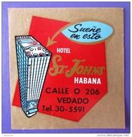 ISLAND HOTEL MOTEL PENSION HOUSE INN HABANA SAINT JOHNS CUBA TAG STICKER DECAL LUGGAGE LABEL ETIQUETTE KOFFERAUFKLEBER - Hotel Labels