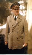 Militaria WW2  - Adolf Hitler En Vareuse - 1939-45