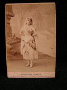 Ancienne Photo Grance Cdv 16,5 Cm Par 10,9 Cm Actrice Comedienne Theatre Conchita Gelabert Chalot 7 - Photos