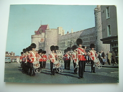 Corps Of Drums Leaving Windsor Castle  England  INGHILTERRA  POSTCARD USED - Windsor Castle