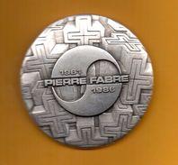 Ancienne Médaille Des Laboratoires Pierre FABRE - 1986 (Voir Photos Recto/verso) - Obj. 'Remember Of'