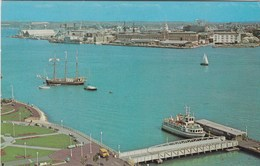 PORTSMOUTH - THE HARBOUR - Portsmouth