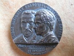 Médaille PIERRE Et MARIE CURIE, LE RADIUM, Ligue National Francaise Contre Le Cancer, Attribué à SMADJA ANDRE. Amiens - Francia