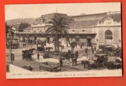 NEO-07  Nice  La Gare, Calèches-taxis.  Circulé - Places, Squares