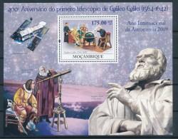 D- Mozambique 2008 - 400ème Anniversaire Du Premier Téléscope De Galilé - Astronomie