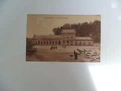 Groenendael  :  Extérieur De La Gare - Hoeilaart