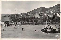 - Corse Du Sud  -ref-A262- Ajaccio - La Place De Gaulle - Kiosque - Kiosques - Petit Plan Autobus - Autocar - Autocars - - Ajaccio
