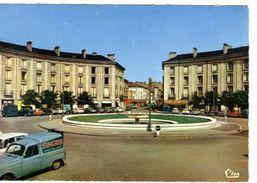RENAULT 4 FX FOURGONNETTE SINGER SUR CPM TOUL MEURTHE ET MOSELLE - - Postcards