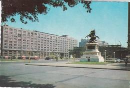 MONUMENTO A BERNARDO O'HIGGINS Y PLAZA BULNES. CIRCA 1970S -  SANTIAGO, CHILE/CHILI - BLEUP - Chili