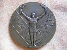 Médaille 1960. NATIONALE SPORTDAGEN VAN FINANCIEN, Par CONTAUX - Belgique