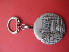 Porte-Clés Publicitaire / Biscottes Bougard/ Fondantes / AMBOISE/ Augis//Vers 1960   POC268 - Portachiavi