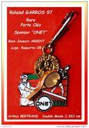 SUPERBE PORTE-CLEFS Roland GARROS 97 : Sponsor ONET Signé Arthus BERTRAND, Double MOULE, Or Et ARGENT 3D - Portachiavi