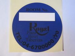 HOTEL MOTEL ROYAL PLAZA TIBERIAS GALILEE VINTAGE OLD ISRAEL TAG STICKER DECAL LUGGAGE LABEL ETIQUETTE AUFKLEBER - Hotel Labels