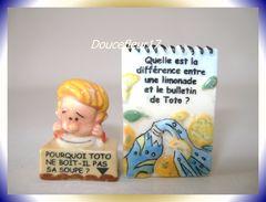 Blagues à Toto ...Lot De 2 Fèves ... Ref AFF : 99-2008...(pan 007) - Strips