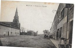 MABLY  PLACE DE L EGLISE  Taches Haut     DEPT 42 - France