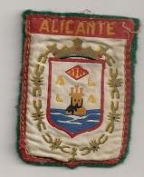 ECUSSON TISSU  ALICANTE CPA 1130 - Ecussons Tissu