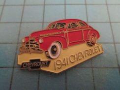 Pin810G Pin's Pins : BEAU ET RARE :  CHEVROLET ROUGE DE 1941 - Badges