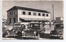 NOTRE DAME DE MONTS (85) - HOTEL DE LA PLAGE - VOITURES - Andere Gemeenten