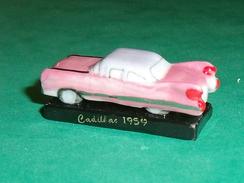 Fèves / Sports : Voiture , Les Belles Américaines , Cadillac 1959      T124 - Sports