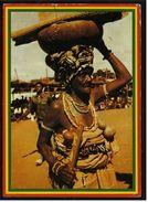 Ghana  -  Traditional Head Transport  -  Ansichtskarte Ca. 1990    (7475) - Ghana - Gold Coast