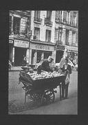 MÉTIERS - MÉTIERS D'ANTAN - PARIS 1950 - UN MARCHAND DE POMME À PARIS - Métiers