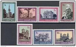 1967 GUATEMALA PA 373-79** Eglises - Guatemala