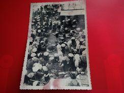 VIET NAM MARCHE DANS UN VILLAGE TACHES MANQUE ETAT CARTE PHOTO - Vietnam