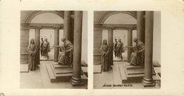 PHOTO STEREOSCOPIQUE  8.5X16 (religion  Christianisme)    Jésus Devant Pilate - Stereoscopio