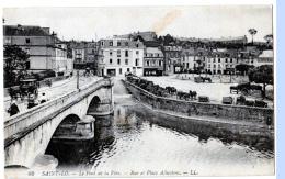 Saint-Lô  (Manche)   En Ville...        LES 2 CARTES - Saint Lo