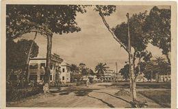 JP ~ CAMEROUN ~ DOUALA  Palais De Justice Et Pagode - Cameroon