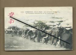 CPA  - Asie - Cambodge - Pnom Penh - Les Soixante éléphants Qui Forment L'escorte Du Roi Du Cambodge - Cambodia