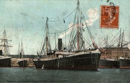 LE TRANSATLANTIQUE CRIMEE RENTRANT AU PORT DE MARSEILLE - Dampfer