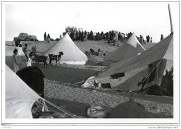 Sahara Occidental : 1752/10 Camp De Réfugiés Du Front Polisario Mai 76  (J'réfia Sahraouis Gonfreville) Photo Bloncourt - Sahara Occidental