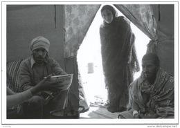 Sahara Occidental 8 Dans La Tente Du Croissant Rouge Algérien Réfugiés Sahraouis 1976 (J'réfia) Photo Bloncourt - Western Sahara