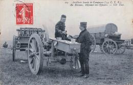 Artillerie Lourde De Campagne - Au Bivouac - Déjeuner Des Officiers - Militaire Militaria Soldats Armée 1910 - Militaria