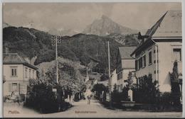 Mollis - Bahnhofstrasse - Animee - Photo: E. Jeanrenaud No. 477 - GL Glaris