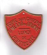PLAQUE DE CONCOURS CANIN  FOIRE AUX CHIENS SAINT-MEARD-DE-DRONNE LUNDI DE PENTECOTE - Autres Collections