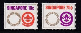 Padvinders & Scoutisme  : 209 - 210 / 402 - 405 ( 75 Jaar Scouts ) / 475 - 478 ( 75 Jaar Meisjesgidsen ) / Nr 479 - Singapour (1959-...)