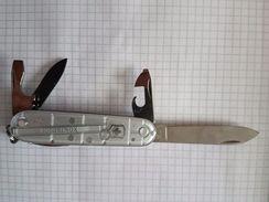Couteau Suisse - Knives/Swords