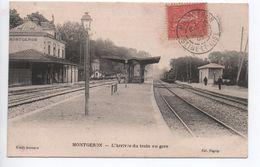 MONTGERON (91) - L'ARRIVEE DU TRAIN EN GARE - Montgeron