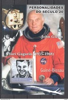 H493 2001 GUINE-BISSAU FAMOUS PEOPLE YURI GAGARIN 1BL MNH - Famous People