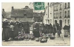 22 - GUINGAMP - Le Marché Aux Pots, Rue De La Pompe - CPA - Guingamp